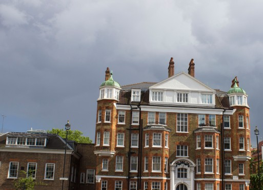 A perfectly accurate depiction of London weather with the cute little apartment buildings outside of Westminster